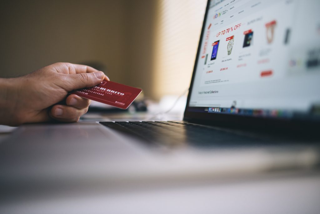 using a credit card for online purchase